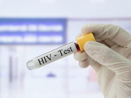 New HIV drug effectively reduces virus, boosts immunity