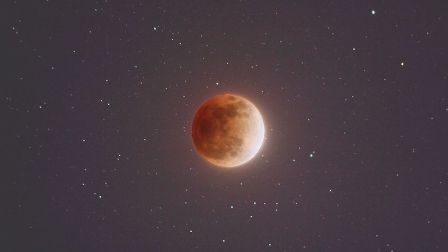 Skywatchers relish 'Super Blue Blood Moon' spectacle