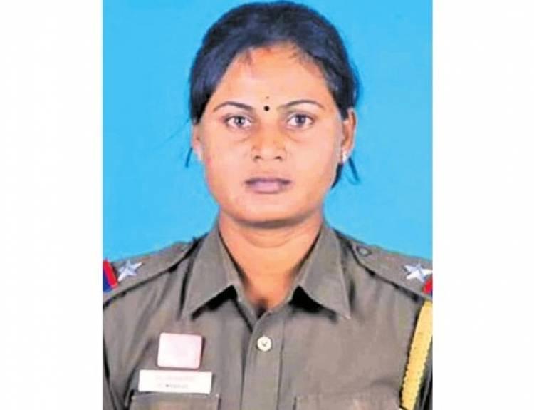 டிப்பர் லாரி மோதி பெண் சப்-இன்ஸ்பெக்டர் பலி