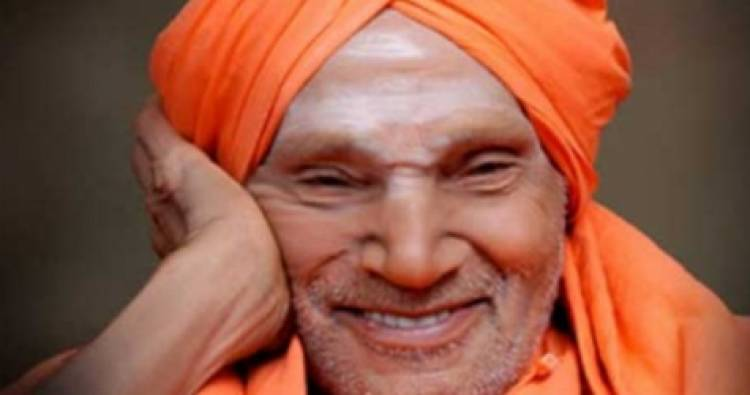 Thousands pay homage to Tumakuru seer Shivakumara Swami