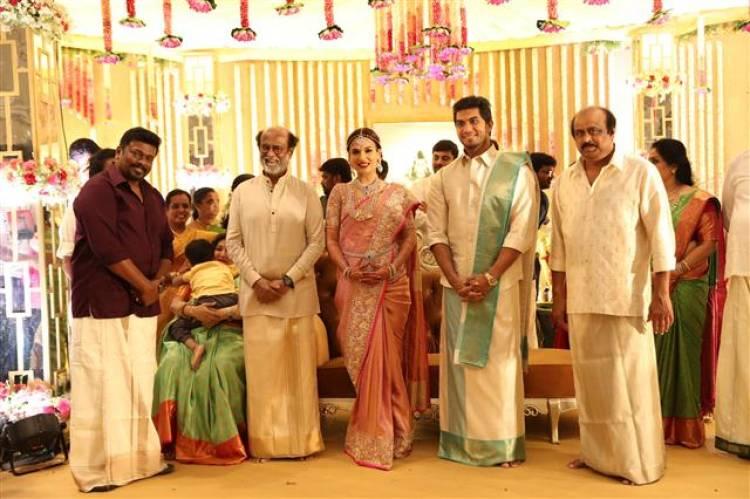 Vishagan - Soundarya Wedding Pictures ( Set 1 and Set 2)