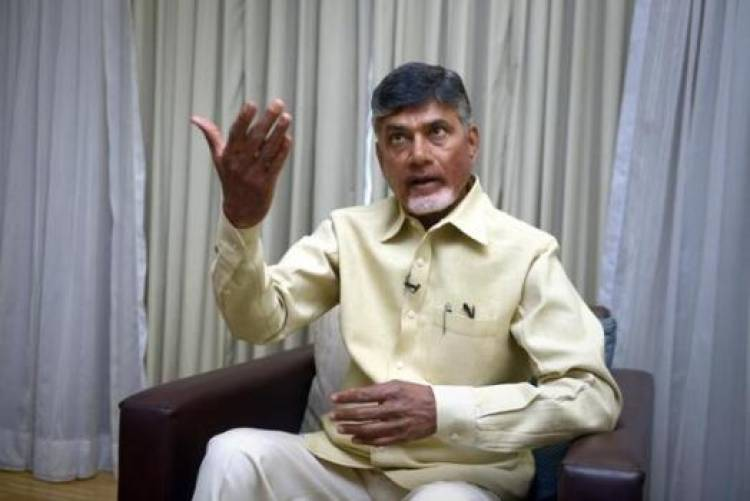 Chandrababu Naidu blasts EC for turning polls into 'farce'