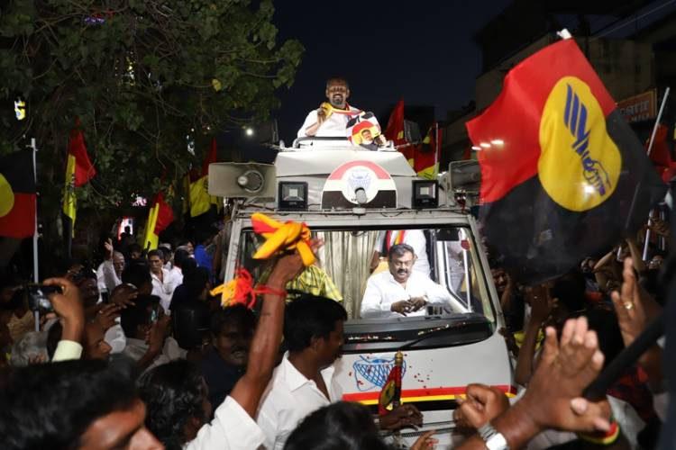 Captain Vijayakanth campaigning for Dr. Sam Paul at Villivakkam