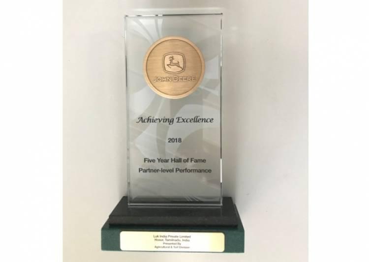 """Schaeffler earns recognition as a John Deere """"Hall of Fame Supplier"""""""