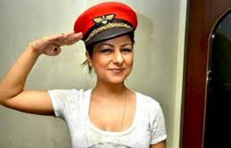 """""""MY STEP FATHER ASKED ME TO KISS HIS LIPS"""", SAYS HARD KAUR"""