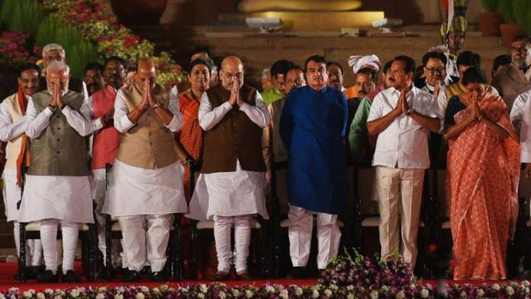 PM NARENDRA MODI's CABINET : NEW COUNCIL OF MINISTERS