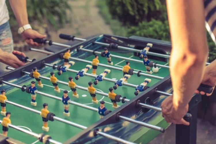 Battle out to Be a Foosball Champion at SMAAASH CYBERHUB
