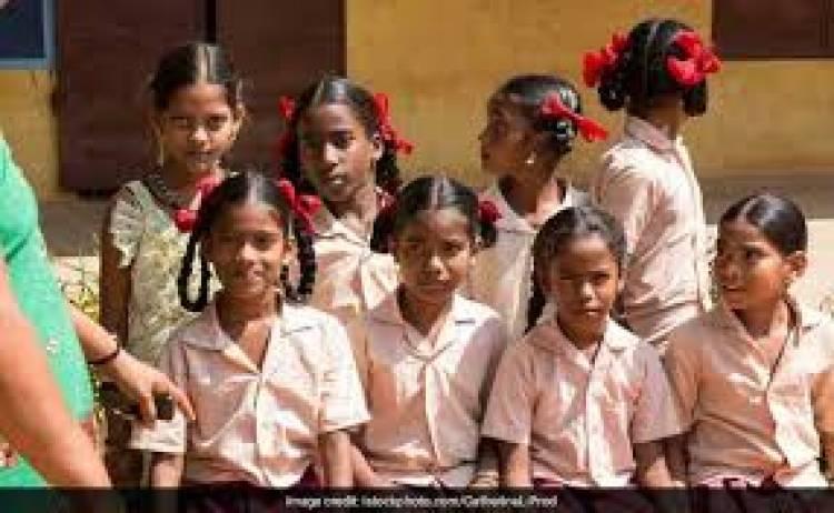 410 தொடக்க பள்ளிகளில் 5-க்கும் குறைவான மாணவர்கள்- கணக்கெடுப்பில் வெளியான தகவல்