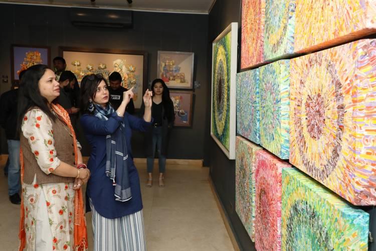 "Deputy  Mayor  Promila Gaje Kabalana   unveiled the painting exhibition ""Bahara Notes from Spring"""