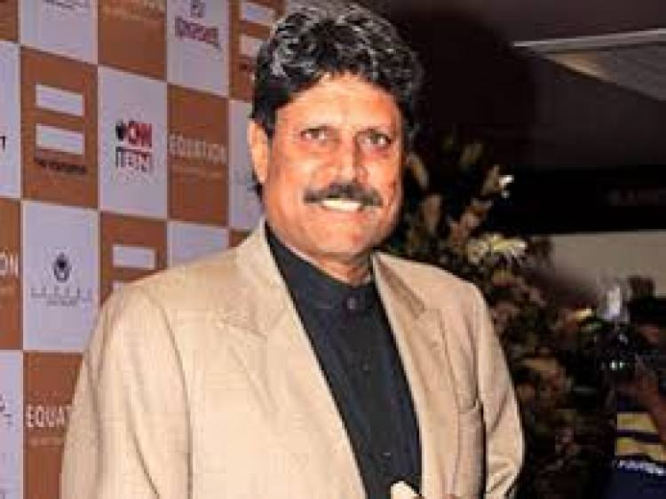 Have to play more matches to make it to the team:Kapil Dev on Dhoni