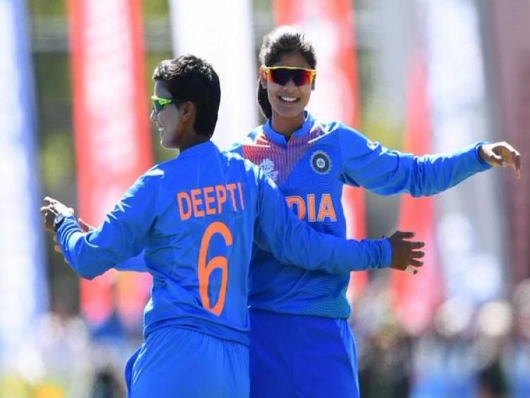 Radha Yadhav registers career-bet bowling figures in T20Is