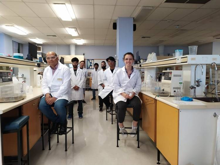 Lecturer and students volunteer time to make sanitizer