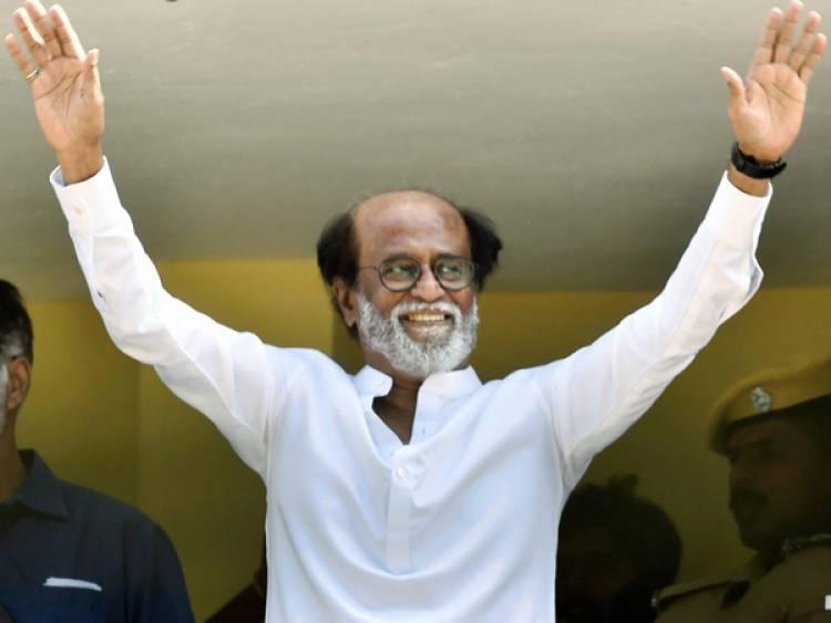 புதிய நீதிக் கட்சியின் தலைவர் ஏ சி சண்முகத்துடன் நடிகர் ரஜினிகாந்த் ஆலோசனை