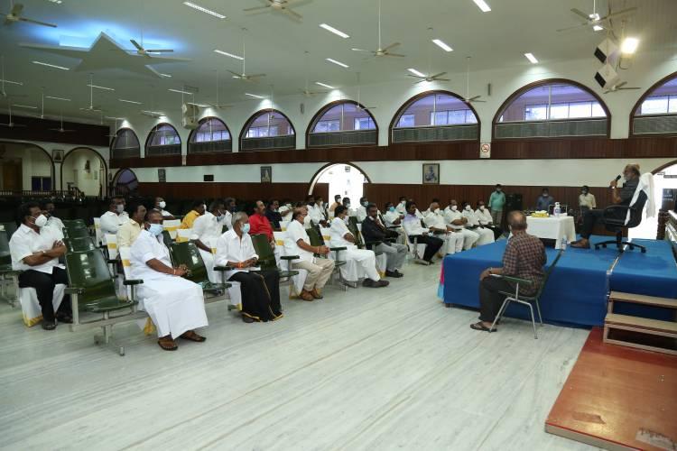 ரஜினி மக்கள் மன்றம் கலைப்பு