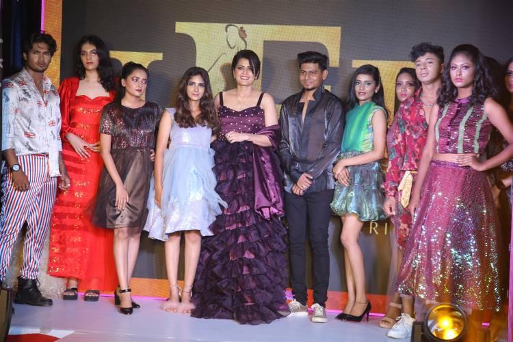 நடிகை சம்யுக்தா, வேலண்டினா மிஷ்ரா, ஜான் அமலன் மற்றும் கருண் ராமன் ஆகியோர் முன்னிலையில், 'Mr, Miss & Mrs தமிழகம் 2022' போட்டிக்கான மாபெரும் போட்டியாளர் தேர்வு சென்னையில் நடைபெற்றது.